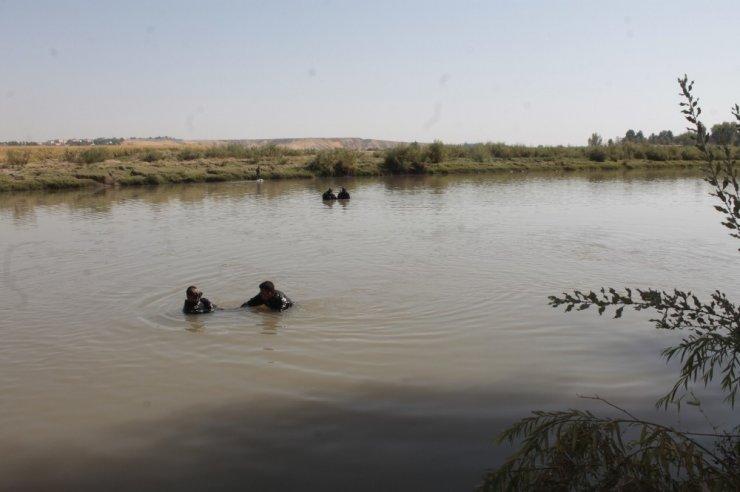 Dicle Nehri'ne atladığı iddia edilen Ramazan Özcan'ı arama çalışması devam ediyor