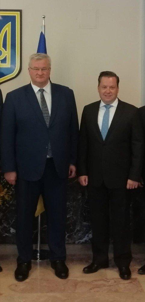 Kırım Derneğinden büyükelçi ziyareti