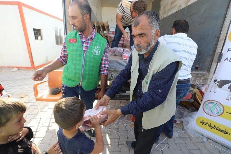 Suriyelilere et dağıtımı yapıldı