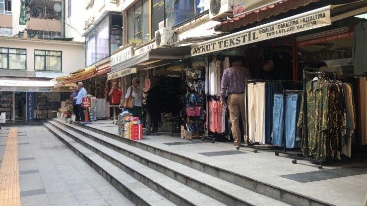 Kocaeli'de depremle sallanan vatandaşlar panik yaşadı