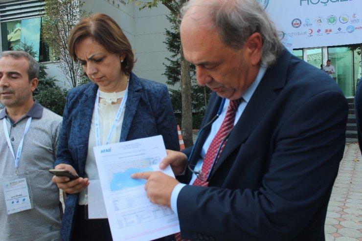 Deprem Sempozyumu'nda görevli araştırmacılar İstanbul'daki depremi değerlendirdi