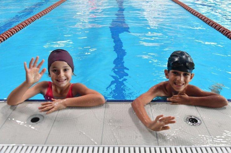 Osmangazi'de yüzme bilmeyen kalmayacak