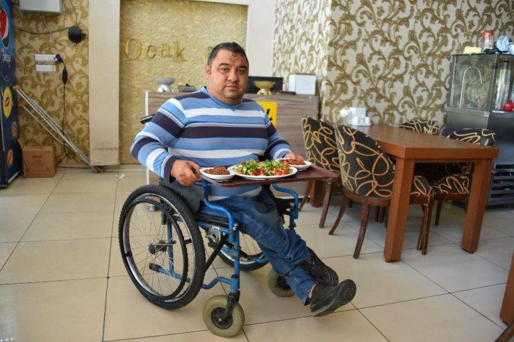 Sporda Türkiye derecesi bulunan engelli birey çalışmasıyla da herkese örnek oluyor