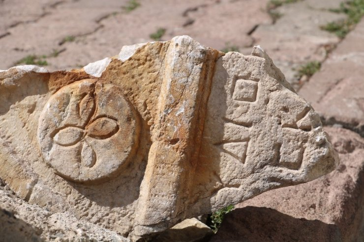 Tarihi eseri, dubaya destek yaptılar