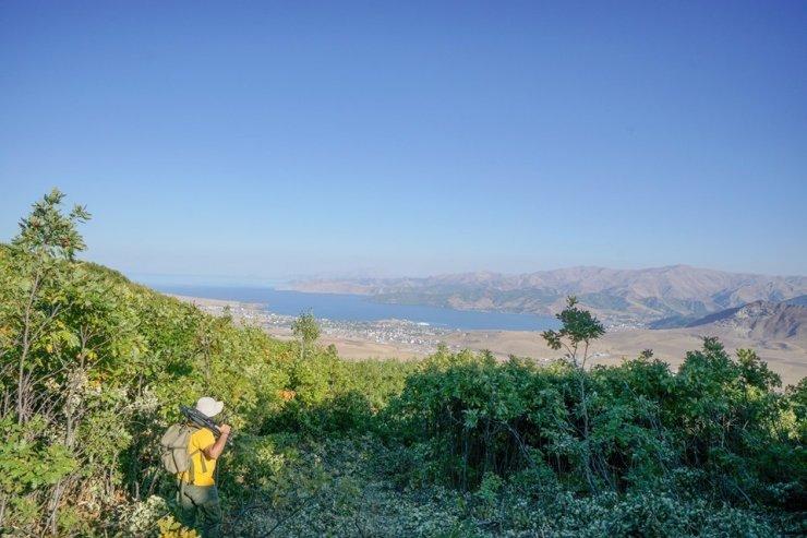 Dağcılar Van Gölü için tırmandı
