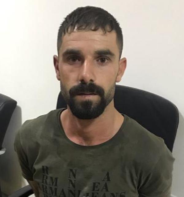Konya'da otomobille çarptığı 2 polisi yaralayan cezaevi firarisi yakalandı