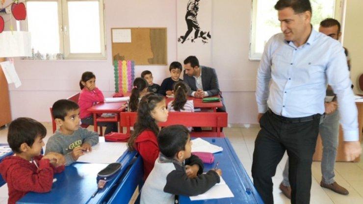 Silvan Milli Eğitim Müdürü Aydın, köy okullarını ziyaret etti ile ilgili görsel sonucu