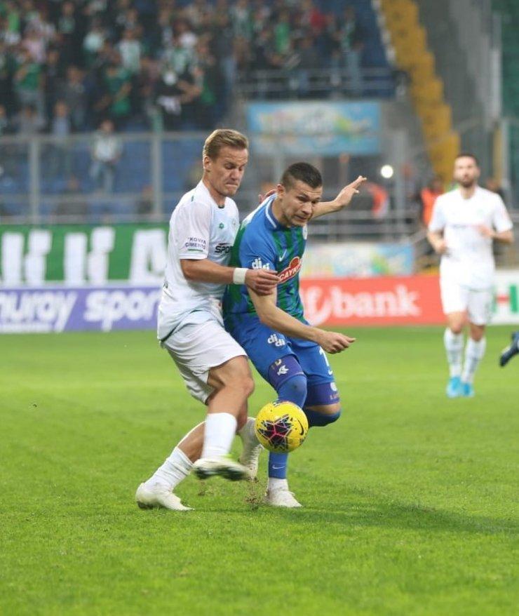 Süper Lig: Çaykur Rizespor: 3 - Konyaspor: 1 (Maç sonucu)