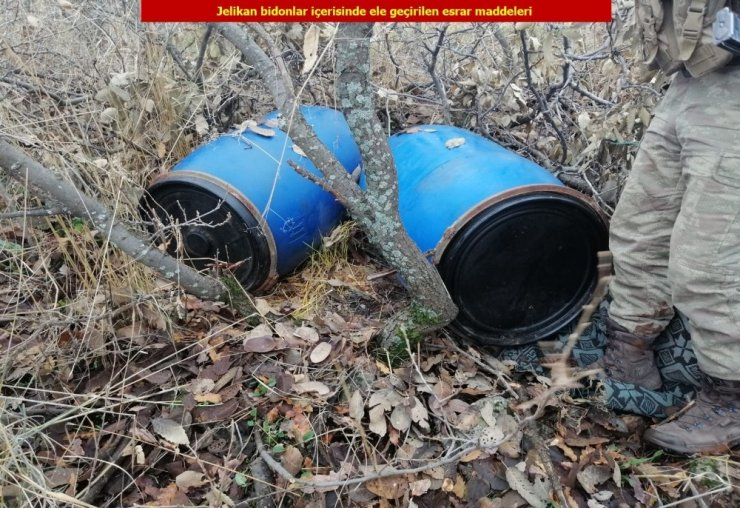 Diyarbakır'da 1 ton esrar ele geçirildi