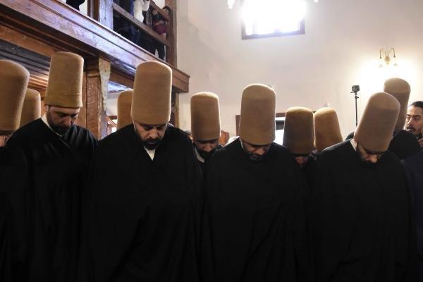 Mevlana'yı anma törenleri 'Vefa Vakti' yürüyüşüyle başladı