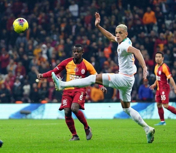 Süper Lig: Galatasaray: 1 - Aytemiz Alanyaspor: 0 (Maç sonucu)