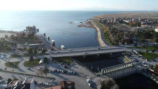 Konya'daki gölde şoke eden olay! Derinlik 20 metre düştü...