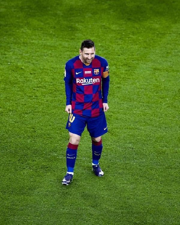 Messi'den tarihi hat-trick