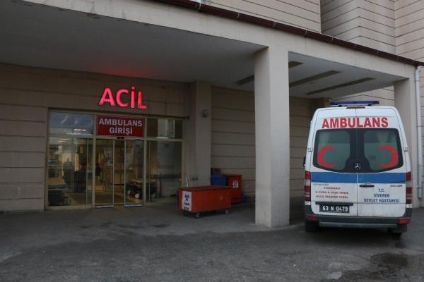 Servis minibüsü devrildi: 8 öğretmen yaralı