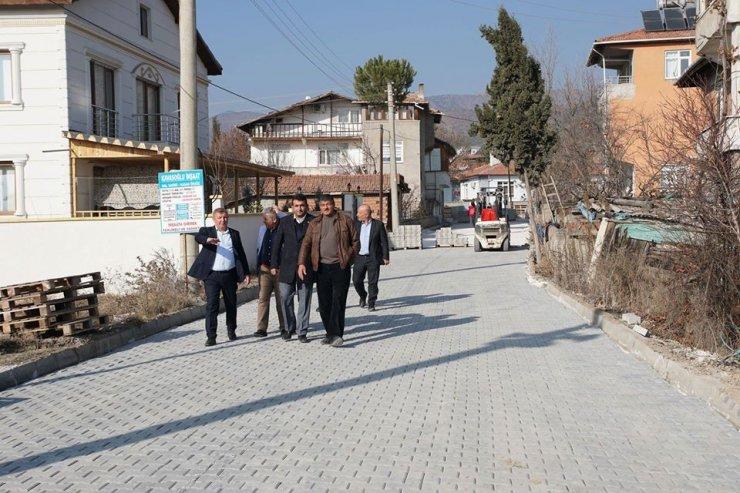 Osmancık'ta Şenyurt mahallesi kilit parke ile tanıştı