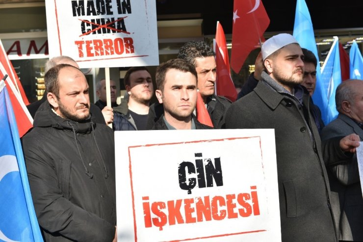 Mustafakemalpaşa Doğu Türkistan için tek ses oldu