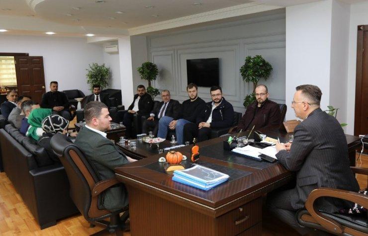 Başkan Işıksu, AK Gençliği misafir etti