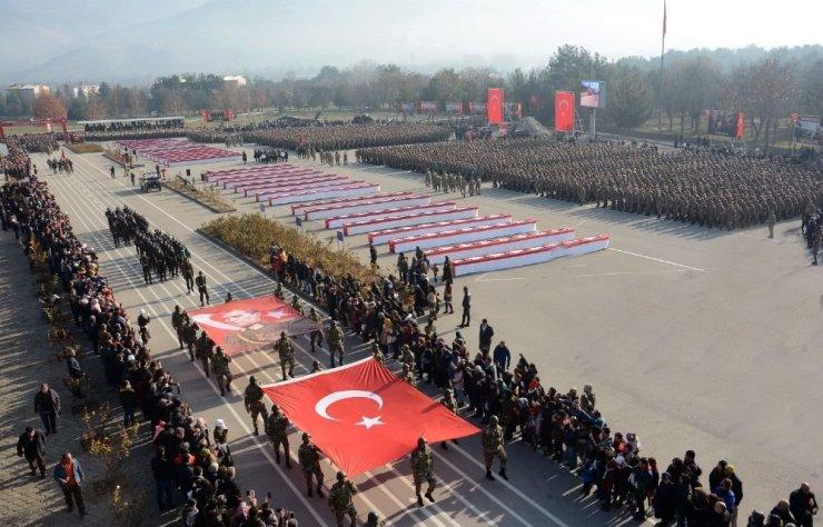 6 bin 300 Mehmetçik yemin etti