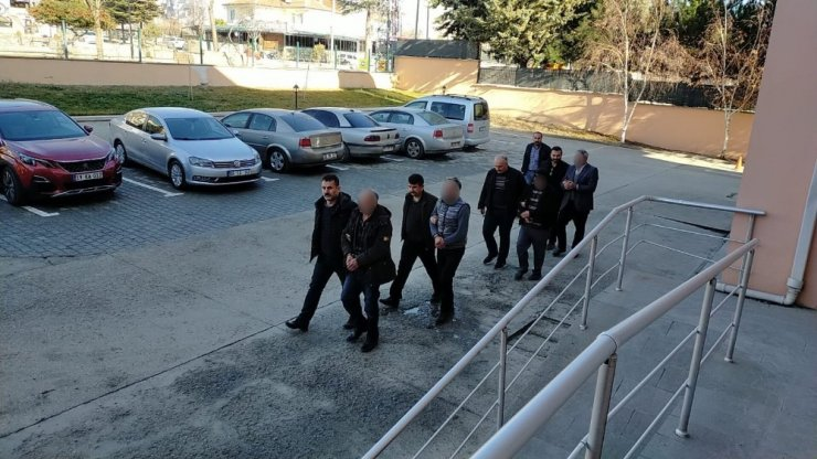 Amasya'da kaçak içki operasyonuna 2 tutuklama