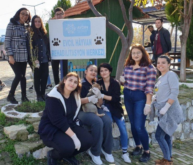 Üniversitelilerden 'Her Can Bizim İçin Önemlidir' projesi