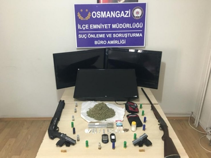 Suç makinası polisten kaçamadı