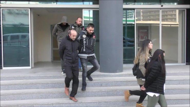 Bursa'da uyuşturucu operasyonu: 5 şüpheli adliyede