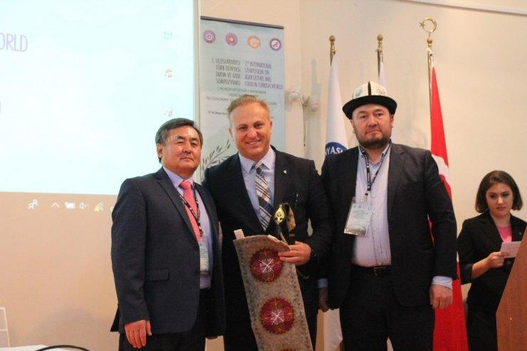"""Ege'de """"I. Uluslararası Türk Dünyası Tarım ve Gıda Sempozyumu"""""""