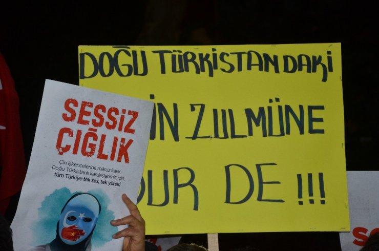 Doğu Türkistan için 'sessiz çığlık'