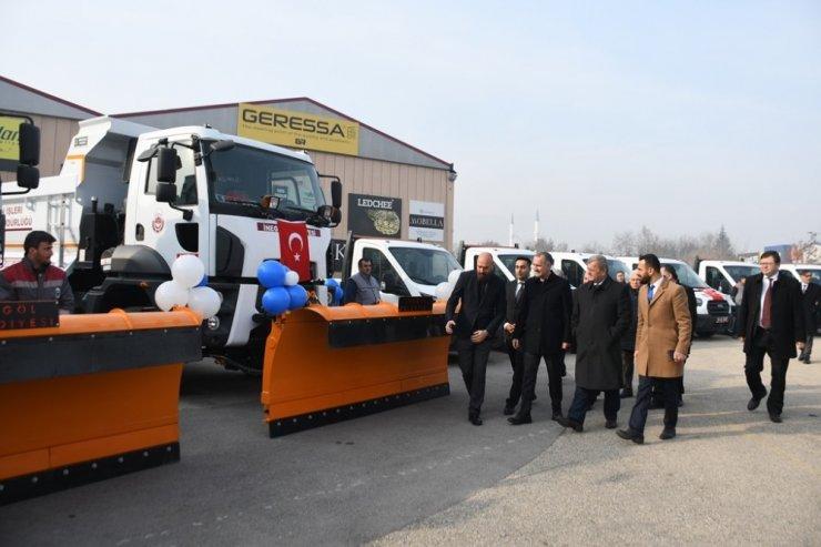 İnegöl Belediyesi'nden 7 milyonluk araç yatırımı