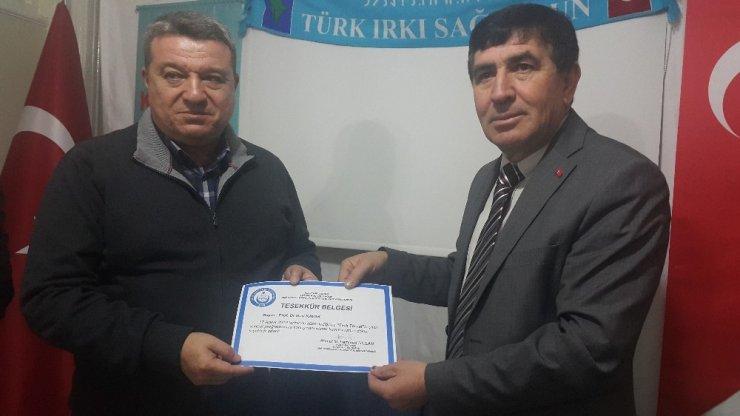 ESOGÜ Öğretim Üyesi Prof. Dr. Kavak'tan 'Türk Töresi' konferansı