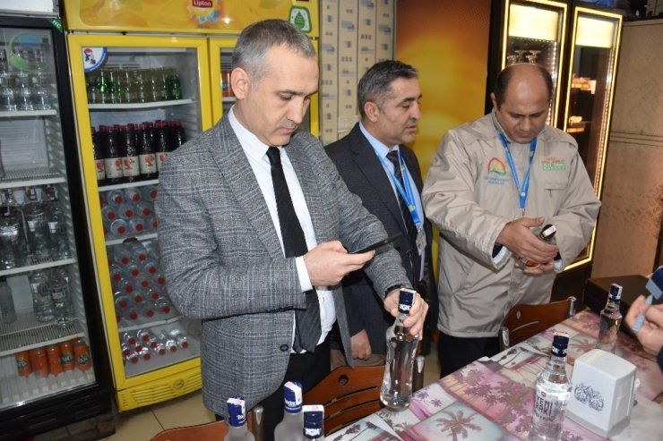 Manisa'da yılbaşı öncesi alkollü içki denetimleri artırıldı