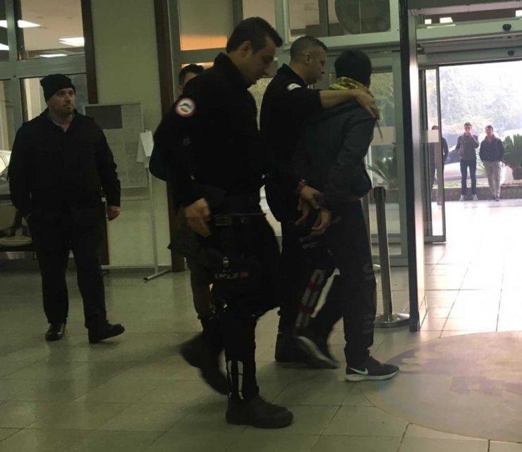 Polis kıskıvrak yakaladı