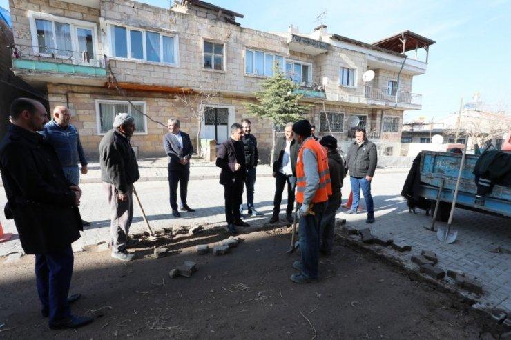 Nevşehir Belediye Başkanı Arı, Sümer Mahallesinde incelemelerde bulundu