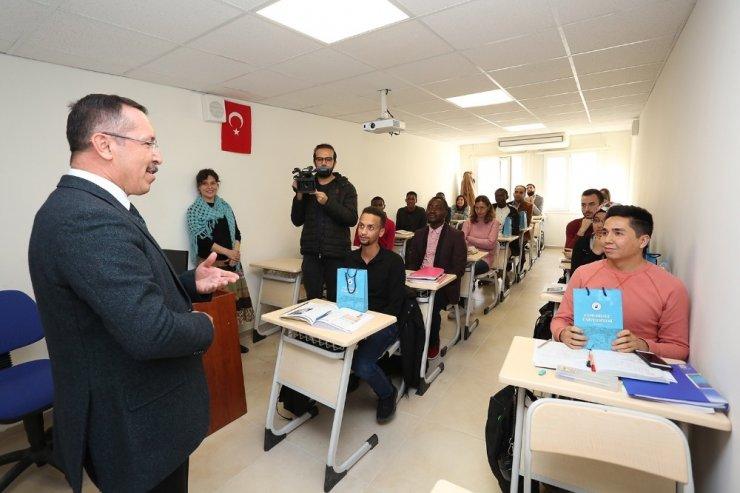 37 ülkeden gelen öğrenciler PAÜ'de Türkçe öğreniyor