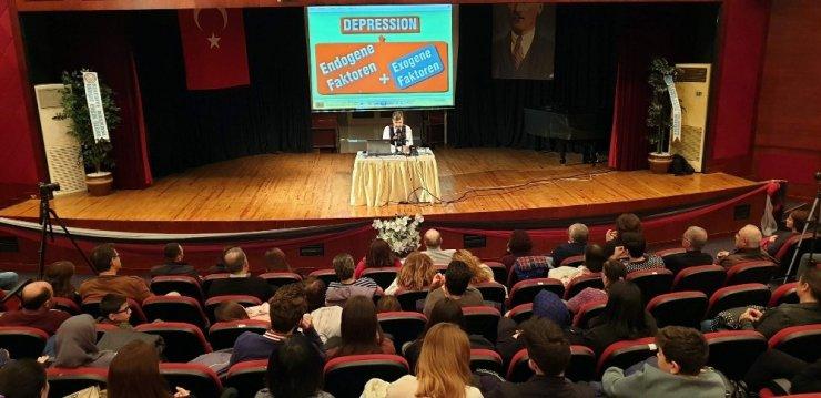Profesör Ayhan Anıl, Nazilli'de performans ve başarı psikolojisini anlattı