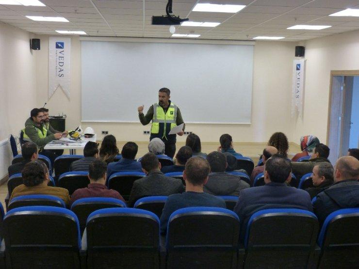 VEDAŞ çalışanlarına 'İş Sağlığı ve Güvenliği' eğitimi