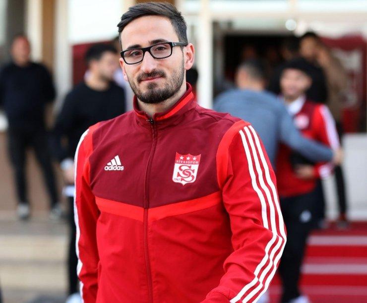 Lider Sivasspor, Ankara'ya gitti