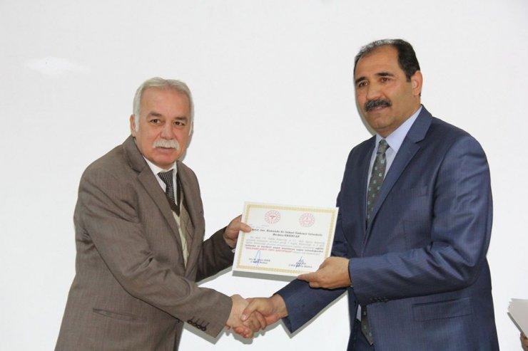 Erzincan'da beslenme dostu okullara sertifikaları teslim edildi