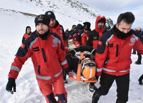 2 bin 335 rakımdaki kurtarma tatbikatı gerçeği aratmadı