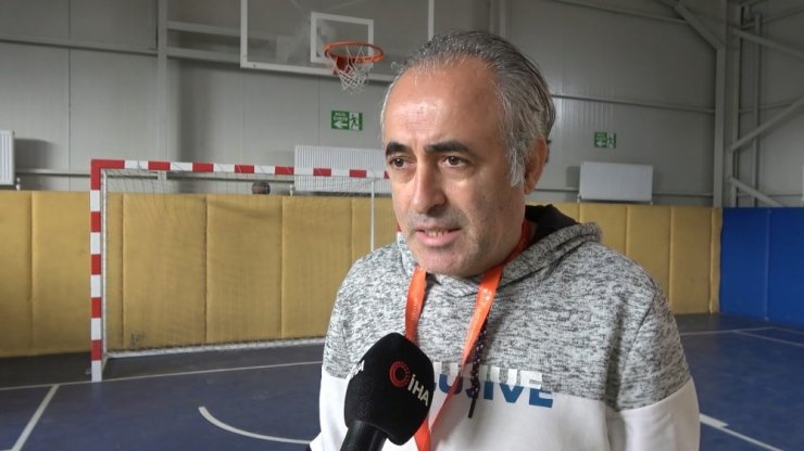 Kırıkkale'de çocuklar ilk kez basketbolla tanıştı