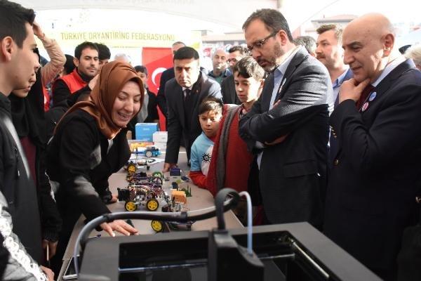 """Bakan Kasapoğlu, """"Sosyal Medyadan Sosyal Meydana"""" etkinliğine katıldı"""