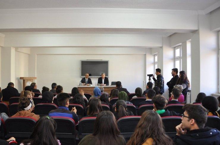 Başkan Altun Öğrencilerle Tecrübelerini Paylaştı