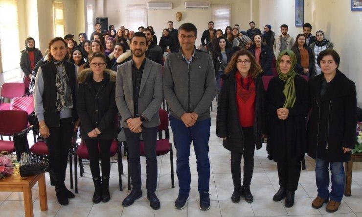 Geleneksel Türk Ebrusu üzerine söyleşi yapıldı