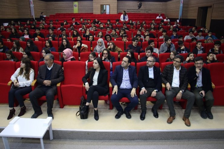 Elazığ'da öğrencilere sağlık semineri