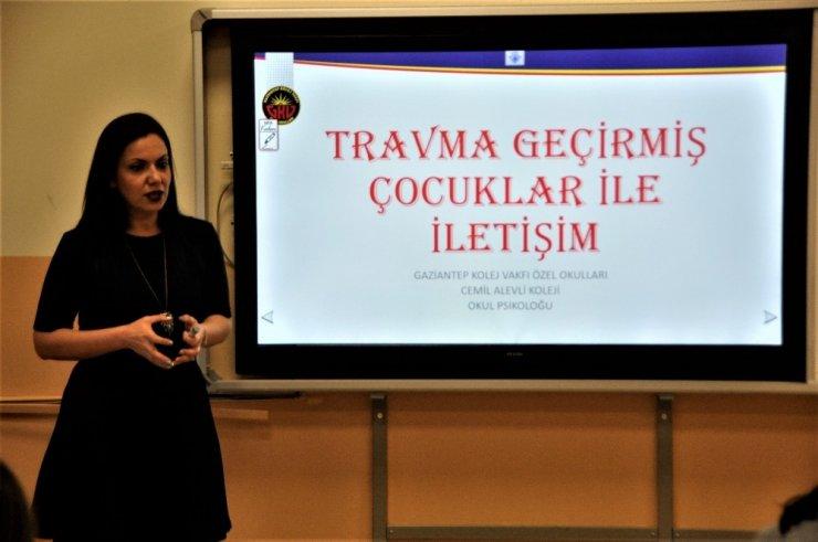 GKV'de travma geçirmiş çocuklarla iletişim semineri
