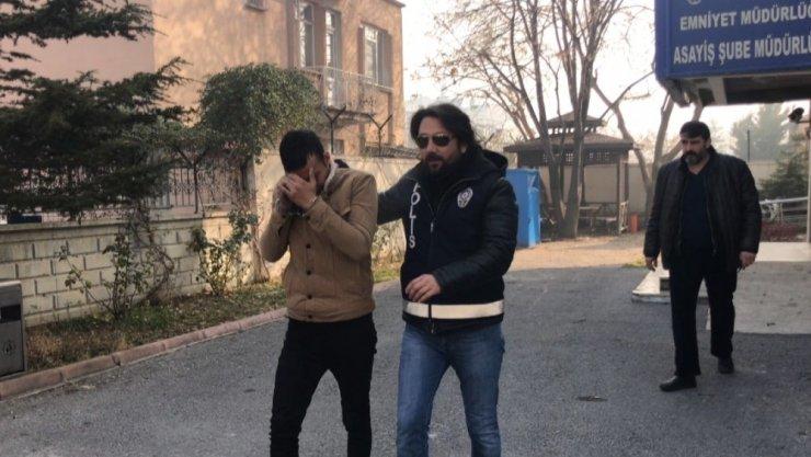 Çelik kasa ve bilgisayar hırsızları yakalandı