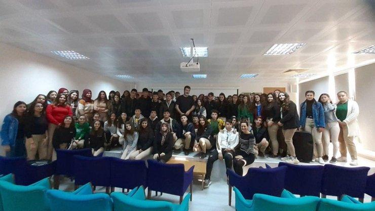 'Pergel' projesi ile öğrencilere hayvan sevgisi aşılanıyor