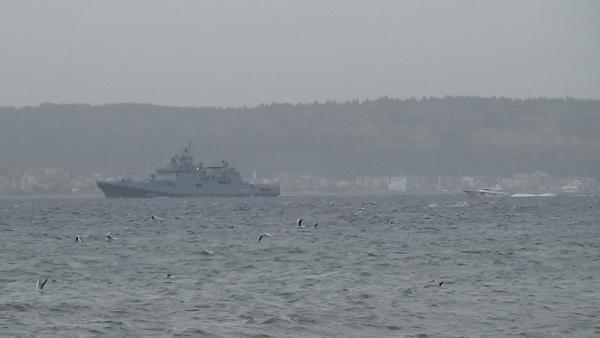 Rus savaş gemisi Admiral Essen, Çanakkale Boğazı'ndan geçti
