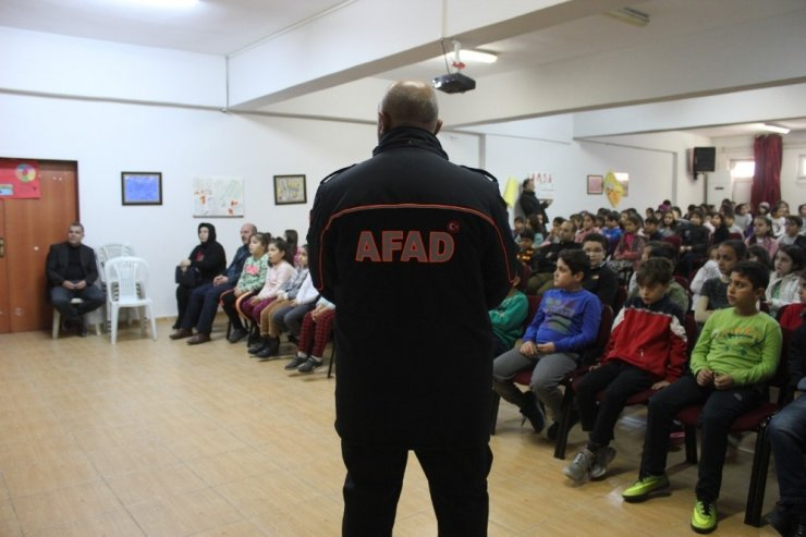 """Şanlıurfa Afad'dan """"Güvenli bina"""" eğitimi"""