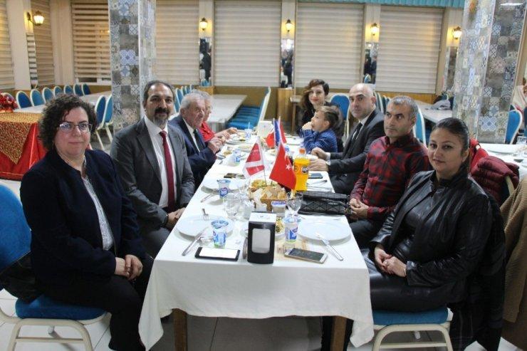 Söke'nin dört ülkeden öğretmen konuklarına Türk gecesi